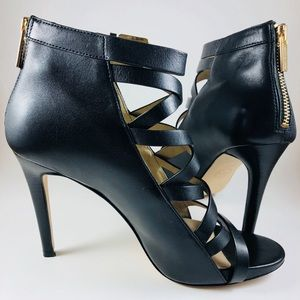 MICHEAL KORS Strappy Buckle Top High-Heeled Shoes